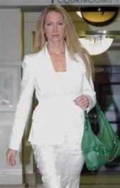 FARK.com: (2755897) Michael Strahan's ex-wife holds garage ...
